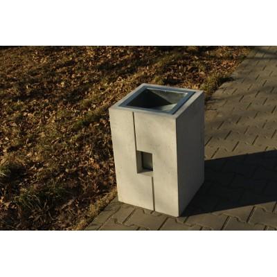 kosz na śmieci miejski